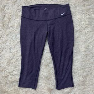 Nike Dri Fit Purple Capri Leggings Size Large